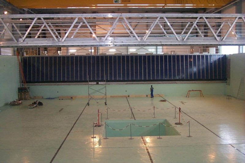 Wave basin at ECN Nantes. We tested here and also helped Edinburgh Designs implementing software upgrades. © ECN Nantes.